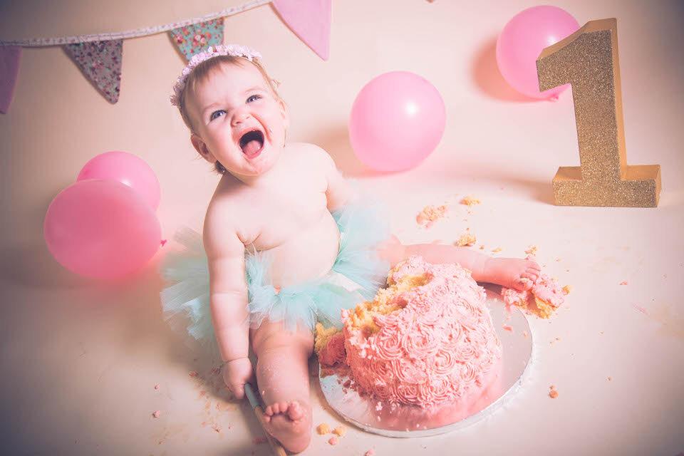baby girl going crazy during her cake smash in liverpool